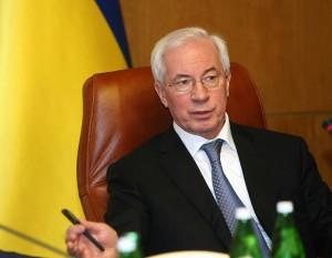 Азаров: В Украине навязывается миф о возможности фальсификаций на выборах