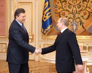 Путин не принял подарок от Януковича