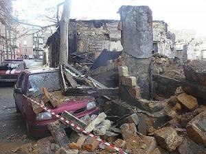 В центре Одессы произошел обвал, из соседнего здания эвакуировали людей