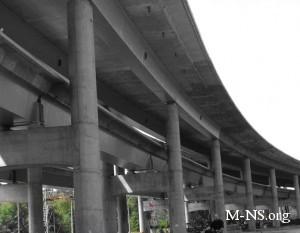 Движение по Подольскому мосту в Киеве обещают пустить в 2013 году