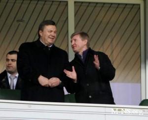 На Януковича скорее повлияют украинские олигархи, чем европейские чиновники