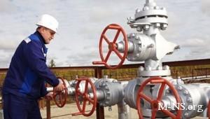 Эксперты: Азарову не вырваться из-под газовых лап России