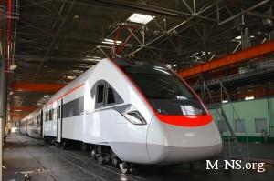 Скоростные поезда Hyundai связали Днепропетровск и Киев