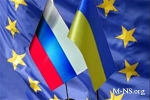 Азаров хочет сотрудничать, как с Таможенным союзом, так и с ЕС