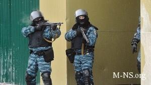 MVD Ukrainy uchastniki besporyadkov strelyali v milicionerov iz ognestrel'nogo orujiya