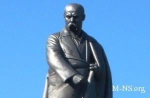 V Vinnice oppozicionery ustanovili pamyatnik Tarasu Shevchenko