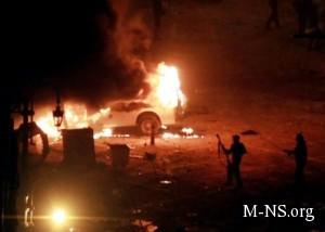 неизвестные подожгли офисы оппозиционных партий